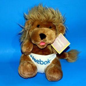WILLOUGHBY WEEBOK LION CUB  BIG PLUSH VINTAG 1987